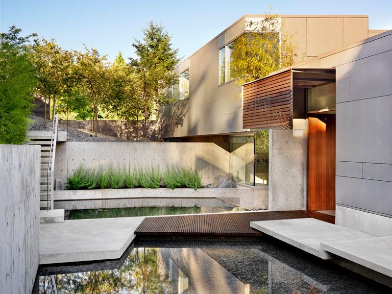 Дом с бассейном и джакузи