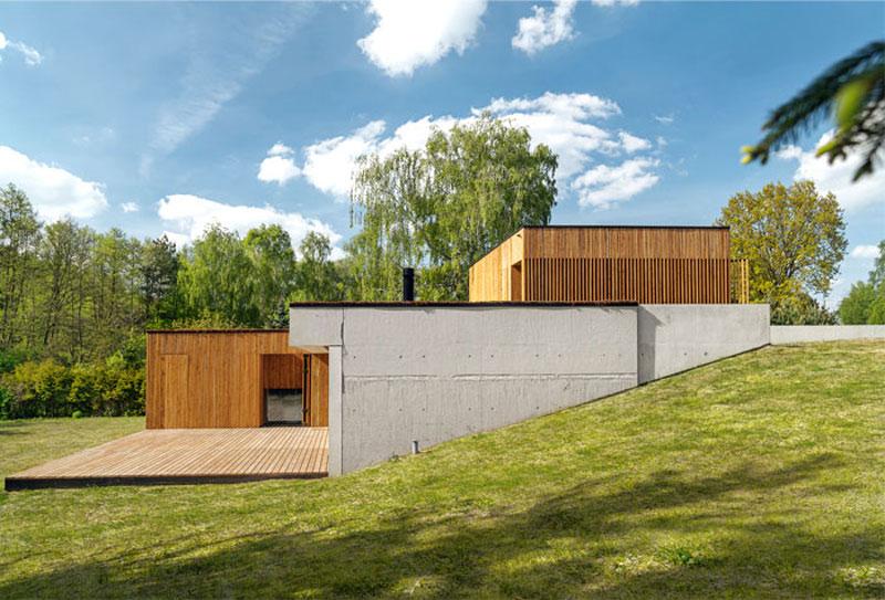 Дом с крышей из зелени